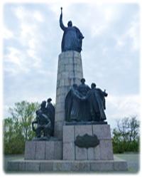 памятник Субботов